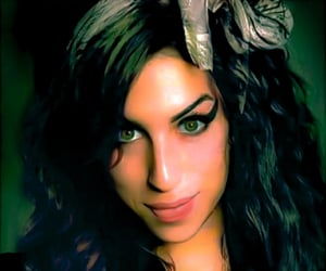Amy Winehouse, winehouse, and hearting image