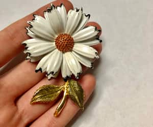 etsy, flower pin, and daisy brooch image