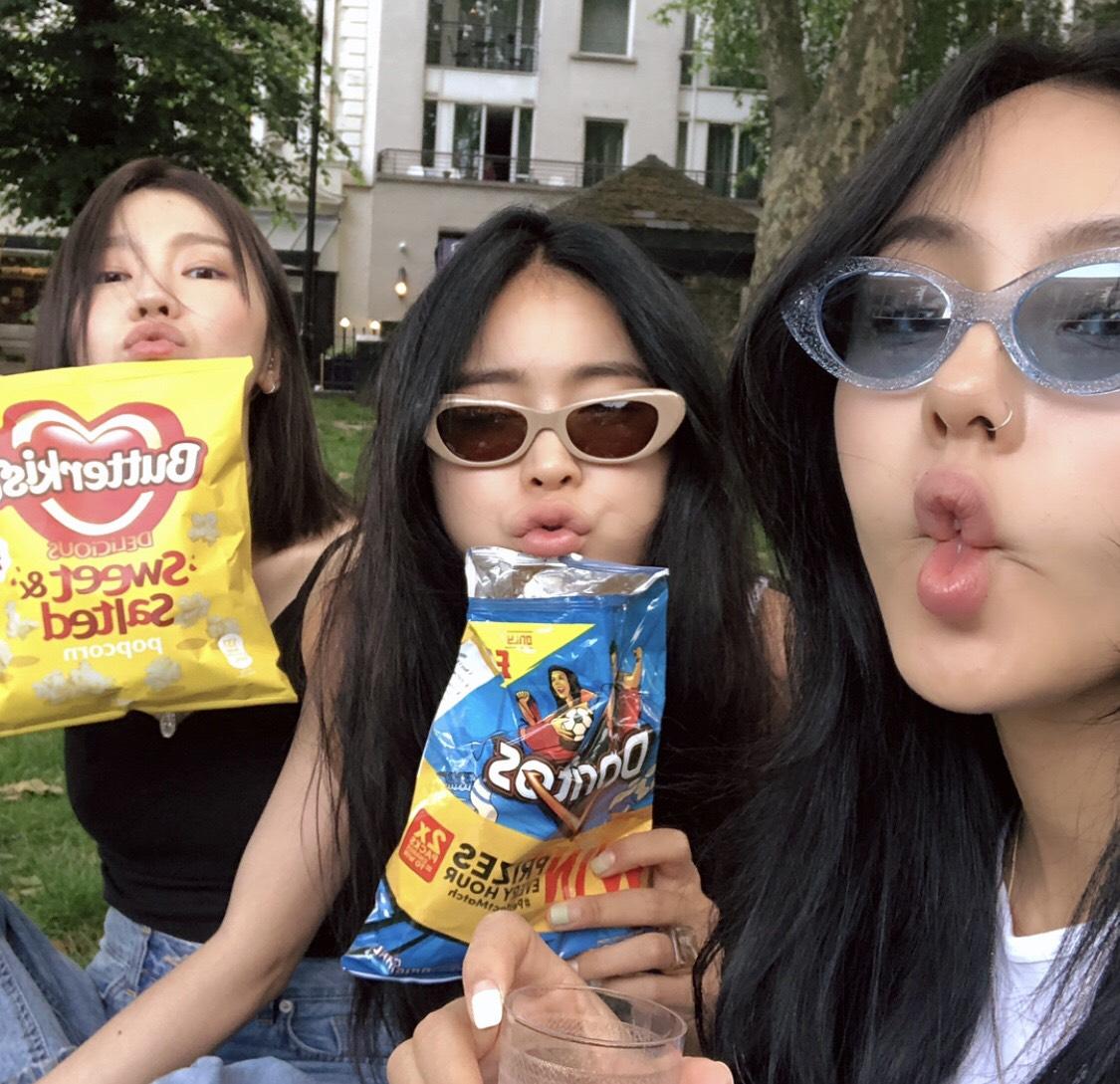 twice, kpop girl group, and create a girl group image