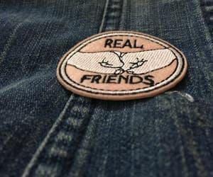 badges, friends, and details image