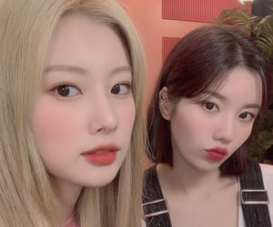 izone, hyewon, and eunbi image