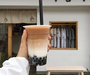 drink, aesthetic, and bubble tea image