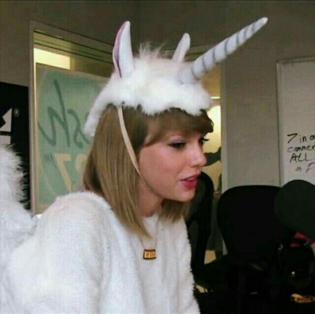 Taylor Swift, cute, and unicorn image