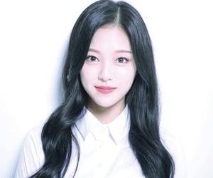 kpop, loona, and girl group image