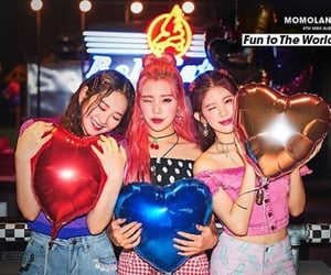 kpop and momoland image