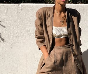 beautiful, fave, and clothes image