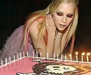 00s, Avril Lavigne, and pink image