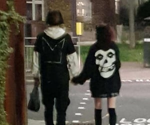 couple, goth, and grunge image
