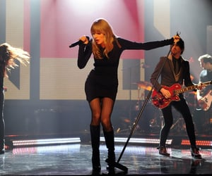 13, ikywt, and red image