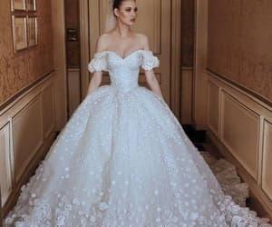 robe de mariée, cheap wedding dresses, and luxury wedding dresses image