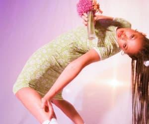 salem mitchell and fashion image