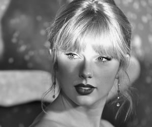 music and Taylor Swift image