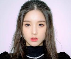 kpop, jeon heejin, and loona image