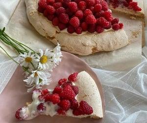 berries, FRUiTS, and raspberries image