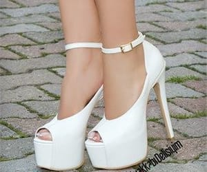 I do like!, Heels