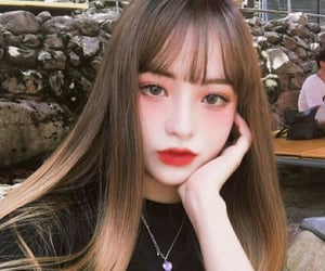 girl, korean, and makeup image