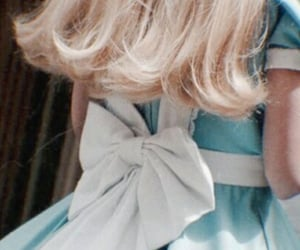 aesthetic, alice in wonderland, and blonde image