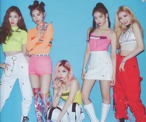 icy, yuna, and chaeryeong image