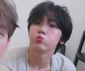 idol, kpop, and bg image