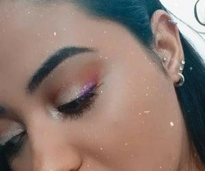 makeup, piercing, and glutterliner image