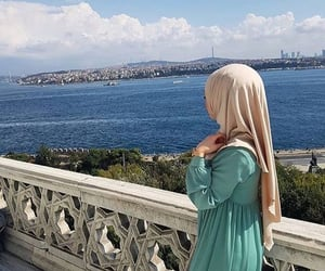 hijab, profil, and stylé image