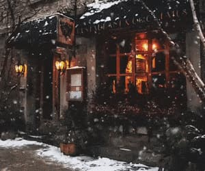"eyeheartholidays:""Snowy storefront"""