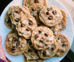 chocolate chip cookies, Cookies, and vegan image