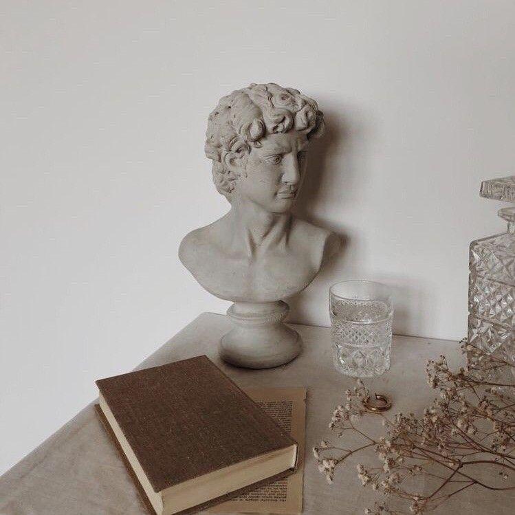 apollo, artemis, and article image