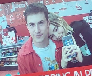 dylan minnette, wallows, and lydia night image