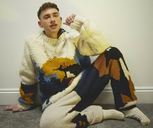 sweater, singer, and wallpaper image