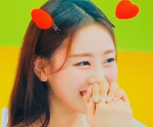 kpop, yves, and loona image