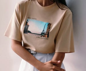 article, moda, and t-shirt image