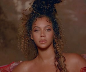 beyonce knowles, water, and the gift image