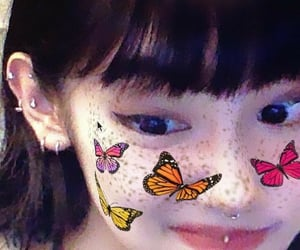 theme, butterfly, and girl image