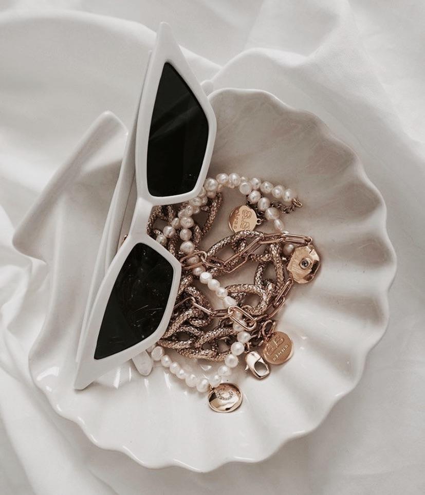 jewelry and sunglasses image