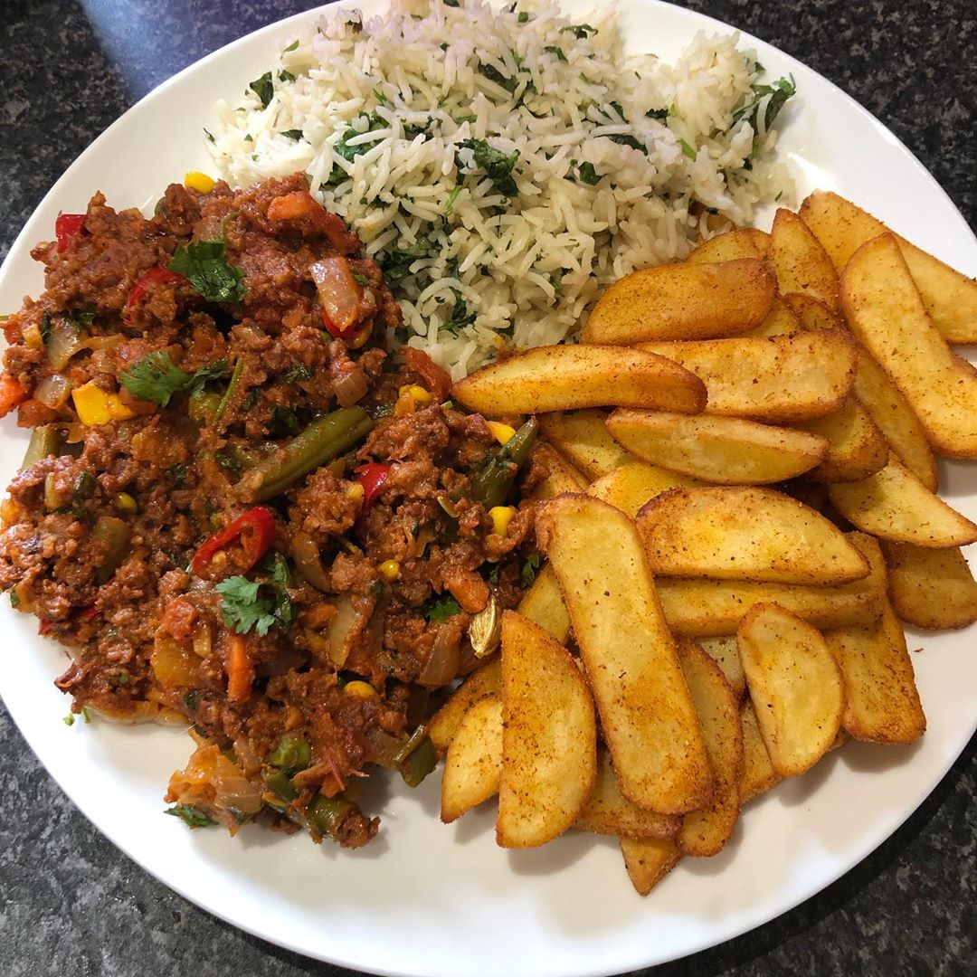 "Vegan Truck Driver on Instagram: ""Vegan keema mattar with coriander basmati rice and masala chips. To make this fry 1 pack of vegan mince, 1 chopped onion, 1 chopped green…"""