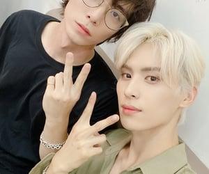 sf9, kpop, and taeyang image