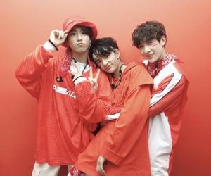 stray kids, hyunjin, and jisung image