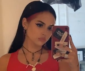 girls, icon, and maggie lindemann image