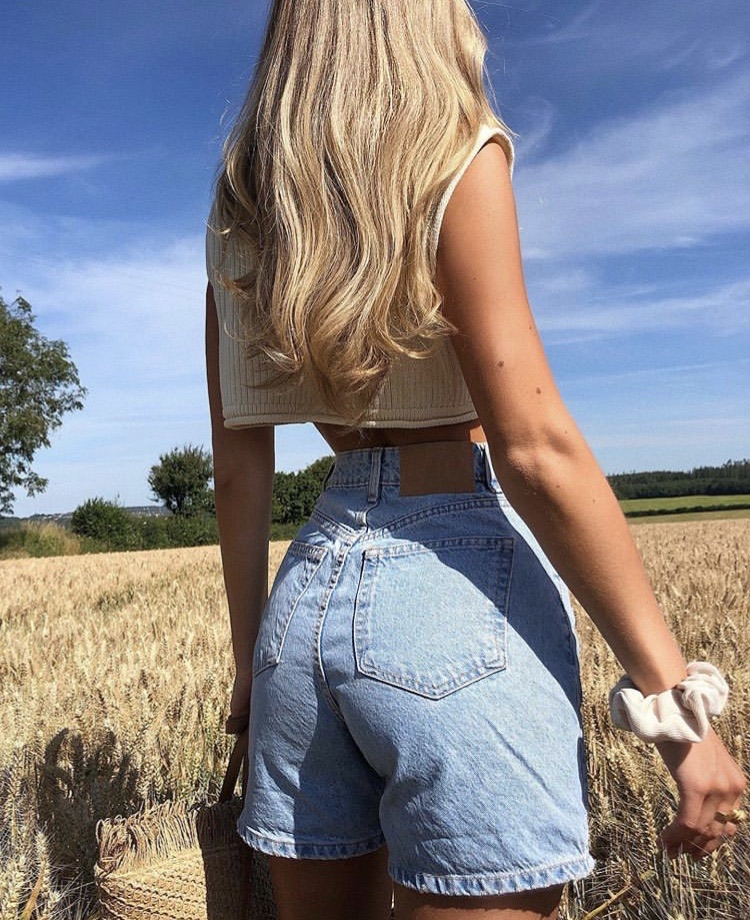 long blonde hair, cute summer outfit, and fashionista fashionable image