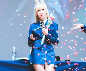 blonde hair, dreamcatcher, and fansign image