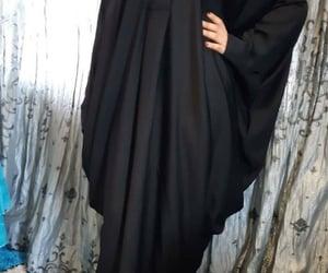 muslimah fashion, abayas, and modest dresses image