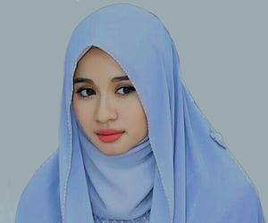 art, tawwakul, and hijab image