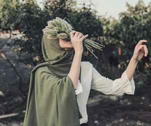 green and hijab image