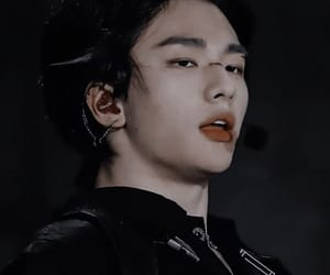 aesthetic, asian boy, and hyunjin image