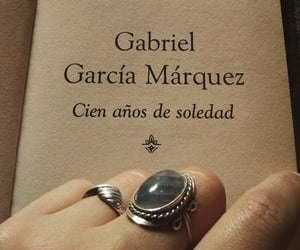 biblioteca, libro, and gabriel garcia marquez image