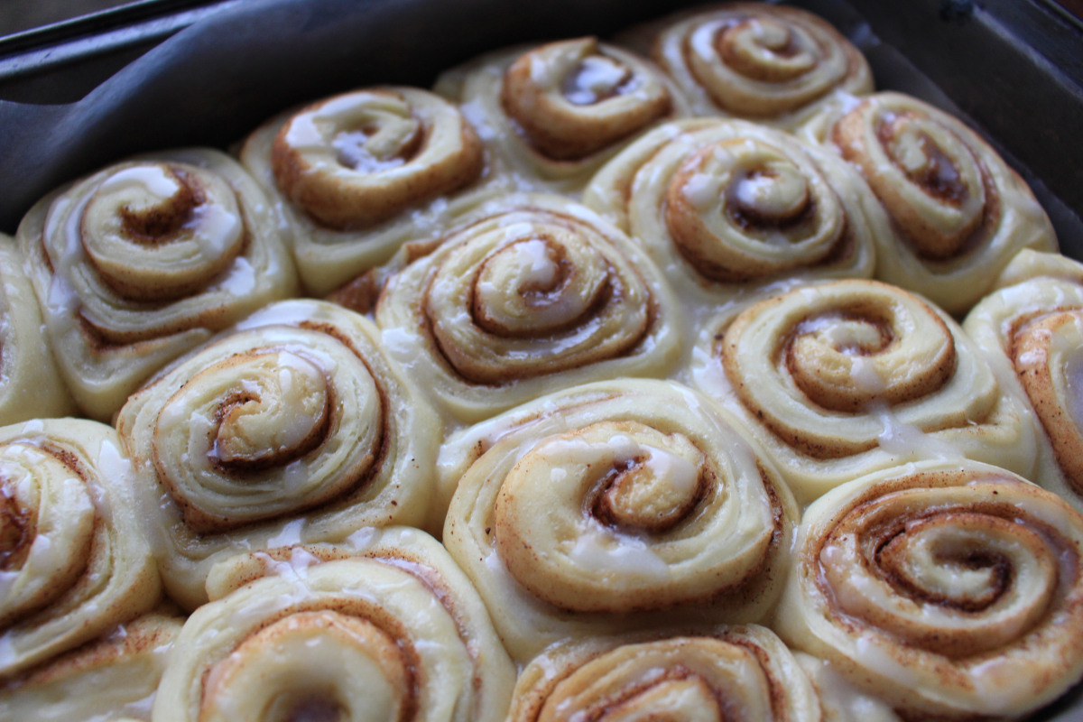 article, cinnamon rolls, and baking image