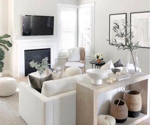 @girlmeetsgold neutral living room