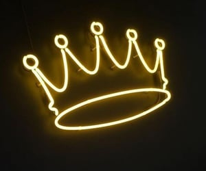 aesthetic, crown, and yellow image