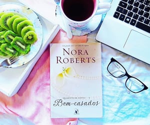 book, bed of roses, and mar de rosas image